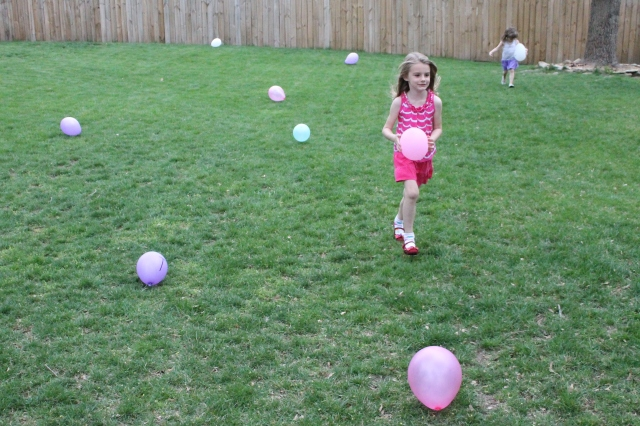 backyard number balloon game