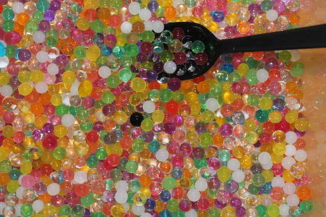 learning with water beads