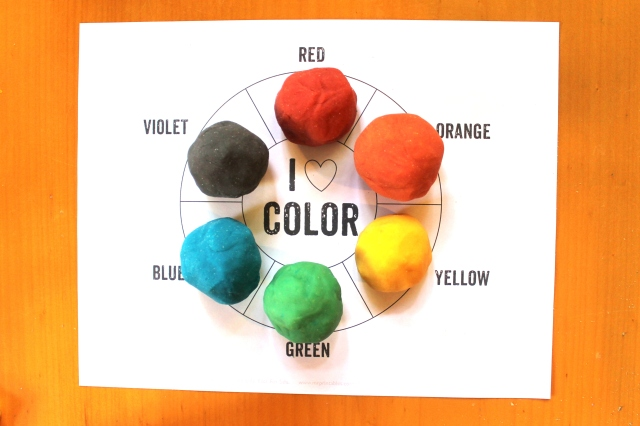 play dough color wheel from Mr. Printable